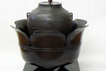 風鐸風炉、八景地文真形釜