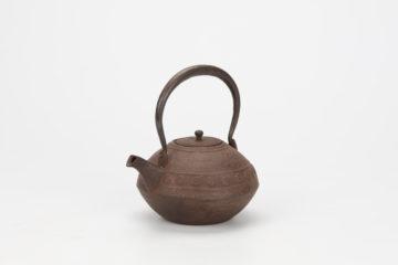 渦文達磨形鉄瓶(共蓋)